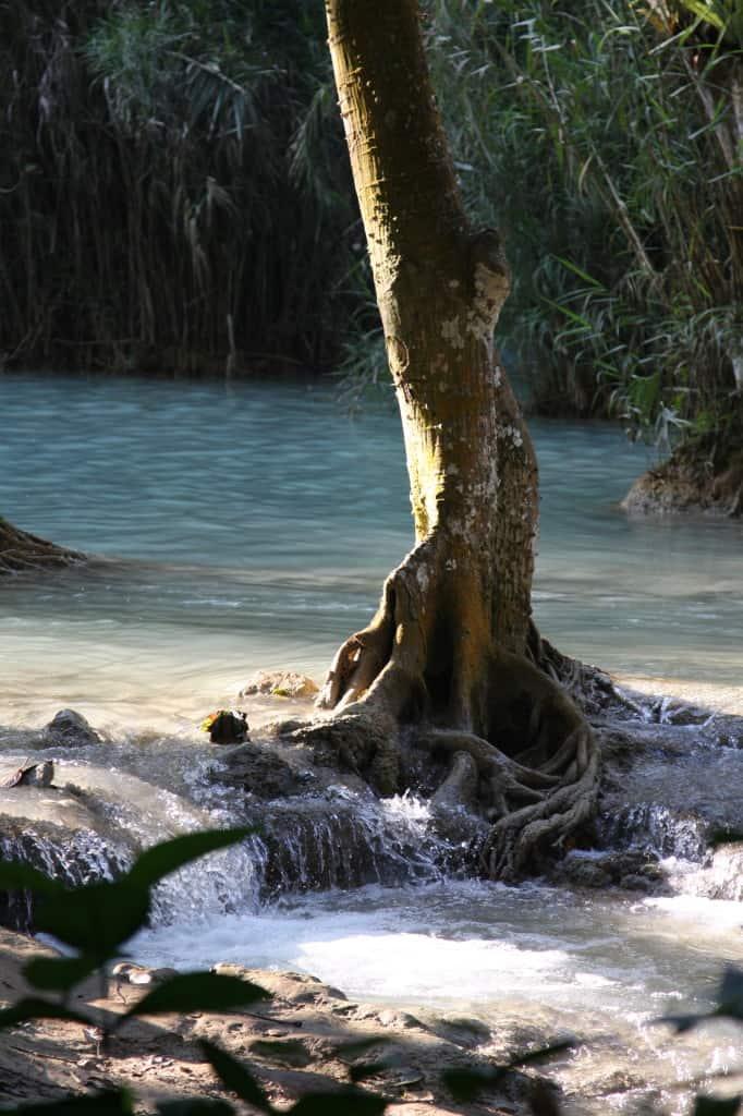 Cascades Khouang Laos www.cityseacountry.com