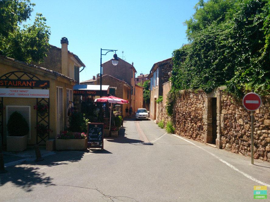 Roussillon - Ockergemeinde in der Provence