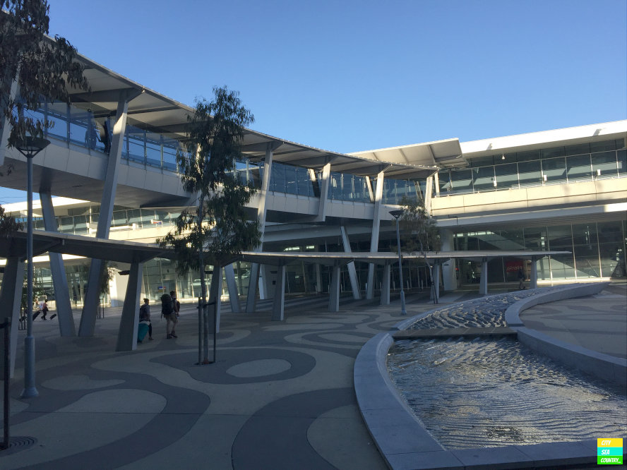 Flughafen Adelaide