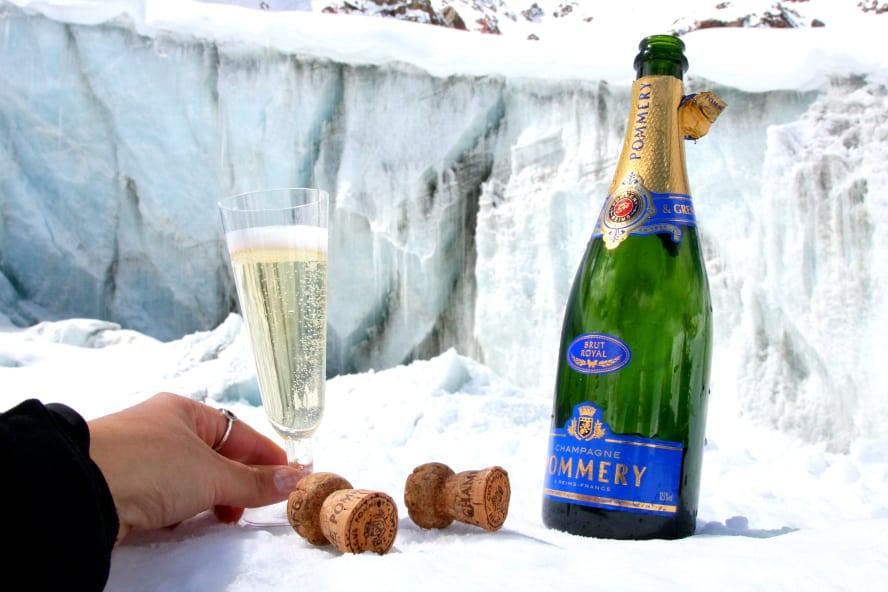 Champagner-Degustation am Pitztaler Gletscher, Tirol