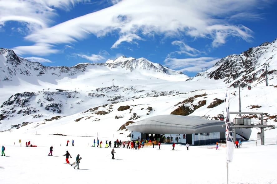Ski fahren am Pitztaler Gletscher in Tirol