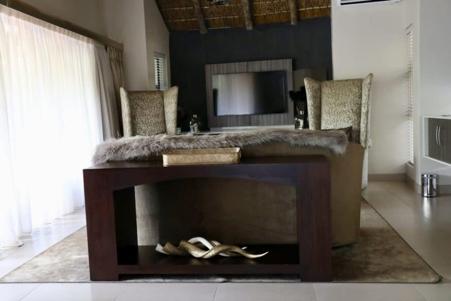 Luxury Safari Game Drive Lodge in South Africa