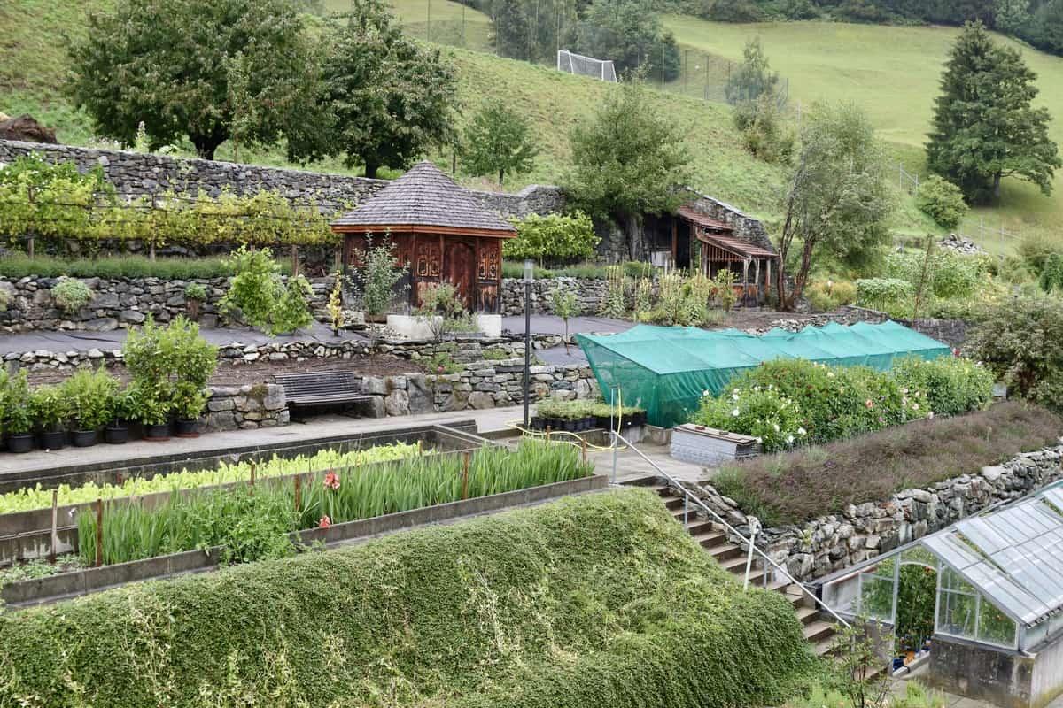 Übernachten im Kloster: Auszeit im Kloster Disentis in der Schweiz